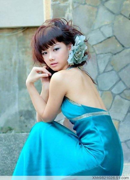 用蓝色调配出女人的妩媚 - 唐萧 - 唐萧博客