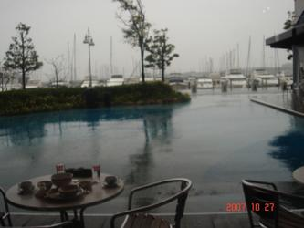 横滨Bayside Marine Outlet