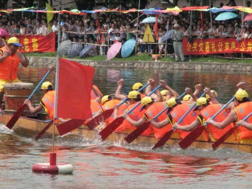 为赛龙舟的端午节忧虑 - liuyj999 - 刘元举的博客