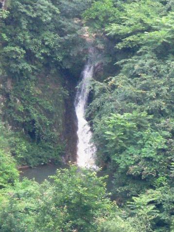 昨天看到的几个瀑布 - 江村一老头 - 江村一老头的茅草屋