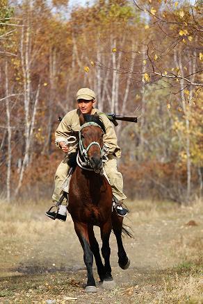 在北大荒与马亲密接触 - 王雨 - 王雨 的博客