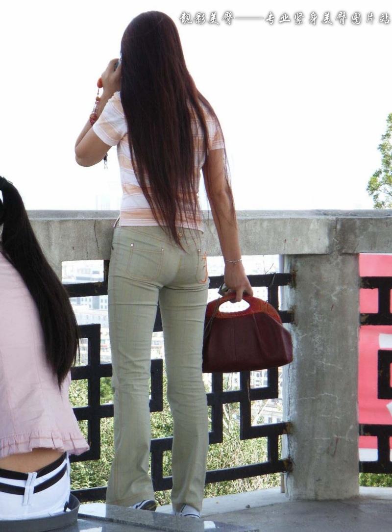 〖1月31日第二帖〗长发飘飘的紧身美臀女孩在打电话约谁呢??!!(2P) - mbmbm - mbmbm的博客