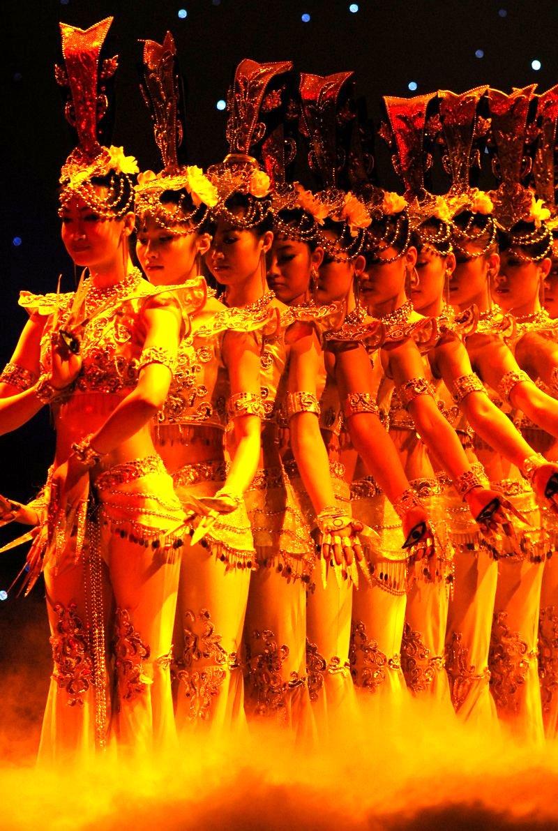 [图文/鹭佳]总政歌舞团是全国最强的文艺团体,总政歌舞团团长张继刚