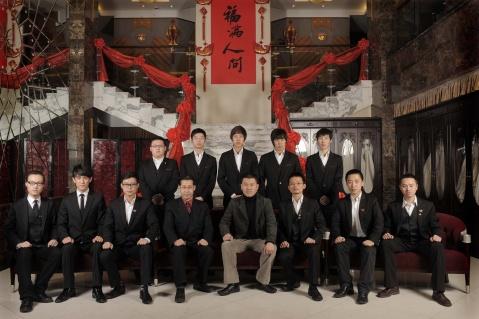 宫婚纱会馆摄影团队全家福 - 国国 - 国国的博客