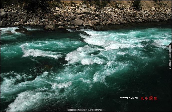 091001 梦回拉萨(7)缎带般尼洋河中的中流砥注 - 天外飞熊 - 天外飞熊