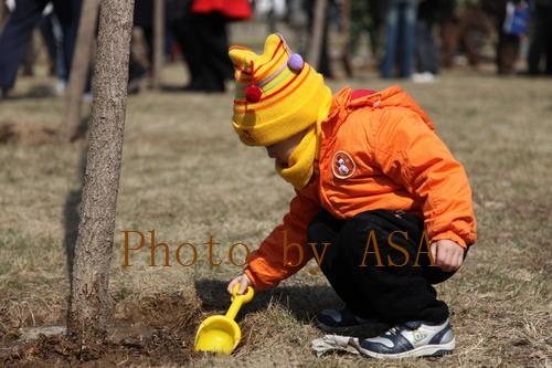 参加人大商学院校友林挂牌揭幕仪式 - 懒蛇阿沙 - 懒蛇阿沙的博客