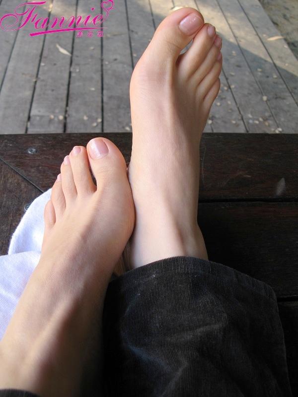 享受冬日的阳光... - 喜欢光脚丫的夏天 - 喜欢光脚丫的夏天