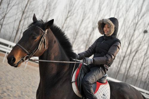 甜甜平生第一次骑马 - 冰豆 - 向六的空间