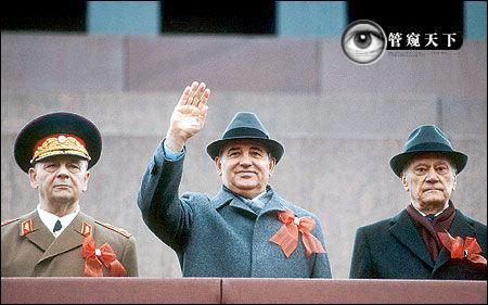 1985年3月11日,戈尔巴乔夫当选总书记
