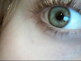 ぞ大家我的眼睛是绿色啊,别说是蓝色啊!ぞ - melliora - 每一天一小步