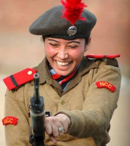 世界各国女兵欣赏 - jingtuxinyu - 198 你也是老板