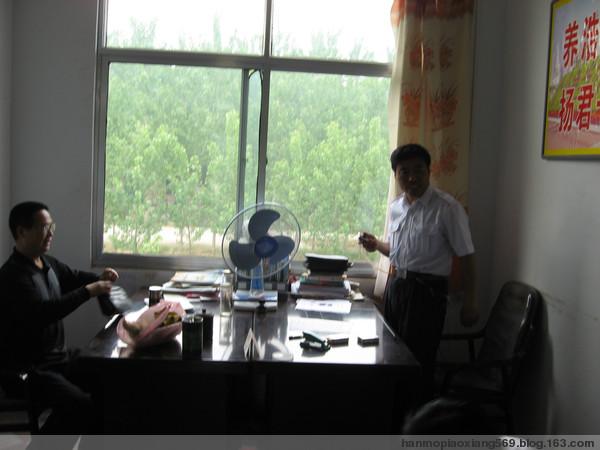 我和作家朋友到戴庙采访(二) - 平湖墨客 - 颜建国的书画评论和文学原创博客