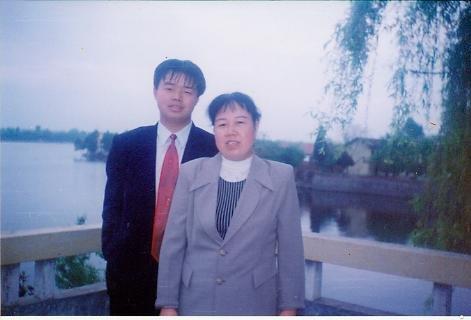 我的父亲和母亲歌谱 我的父亲母亲的曲谱在哪里能找到 求