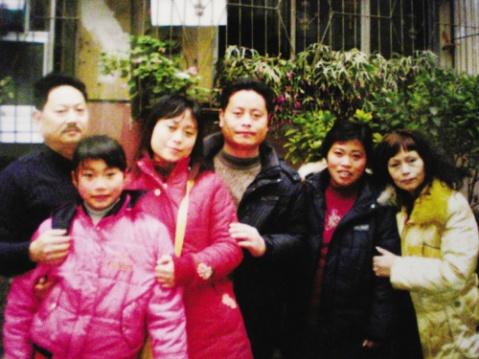 失散27年的儿子牛年新春与父母团圆  - 大樹 - 宝 贝 回 家   公 益 事 业