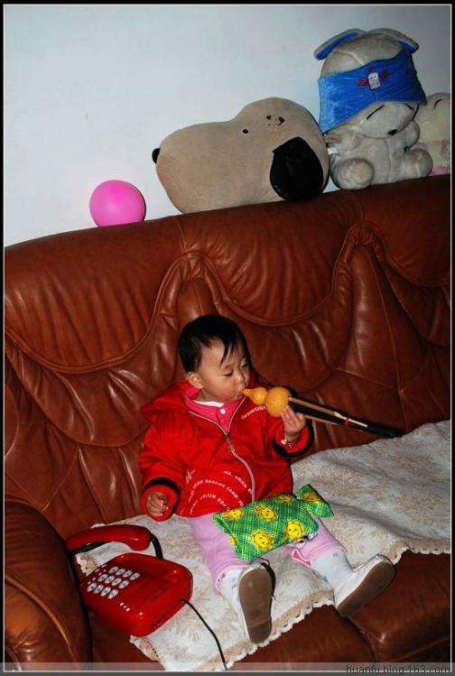 (11月21日)家有千金480天:吹葫芦丝 - AF摄影(蹈海踏浪) - 青岛AF摄影工作室