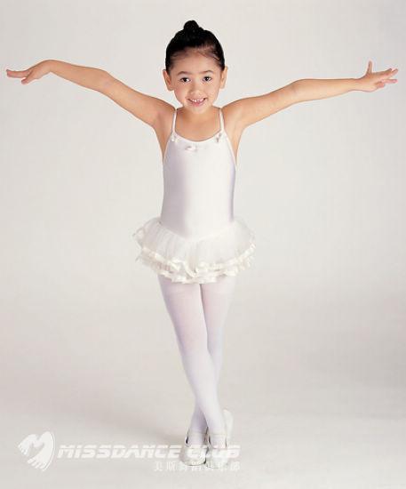 小不点学舞蹈