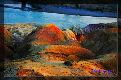 梦幻西域20五彩滩 - 自由诗 - 人文历史自然 诗词曲赋杂谈