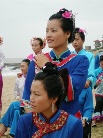 美丽的湄洲女和妈祖帆髻 - 慧海拾贝 - 我的博客