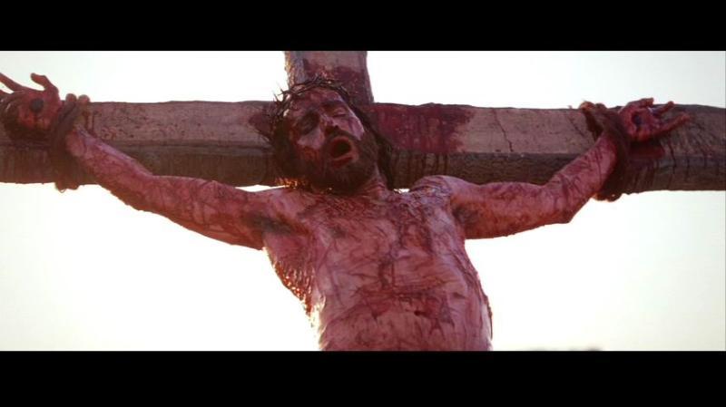 想想被钉在十字架上遍体鳞伤的主耶稣