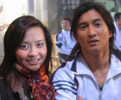 吴奇隆与马娅舒 - 水无痕 - 明星后花园