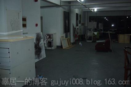 夜访艺术家工作室之四 - 好好阳光 - 辜居一的博客