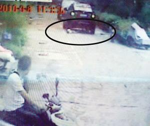 宝马4次碾轧男童致死续:公安机关提请批捕嫌犯