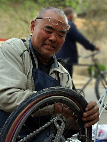 骑车翻越古盐道 - 快乐老人 - kldlt2020的博客