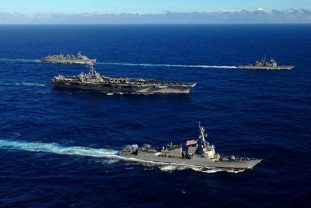 资料图:美国认为如果组建一支由10艘先进航空母舰及其战机、舰艇人员和支持舰只组成的海军,可能需要中国投入大约3000亿美元