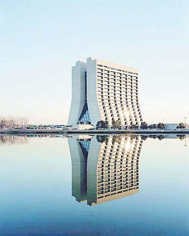 古怪的建筑物图片