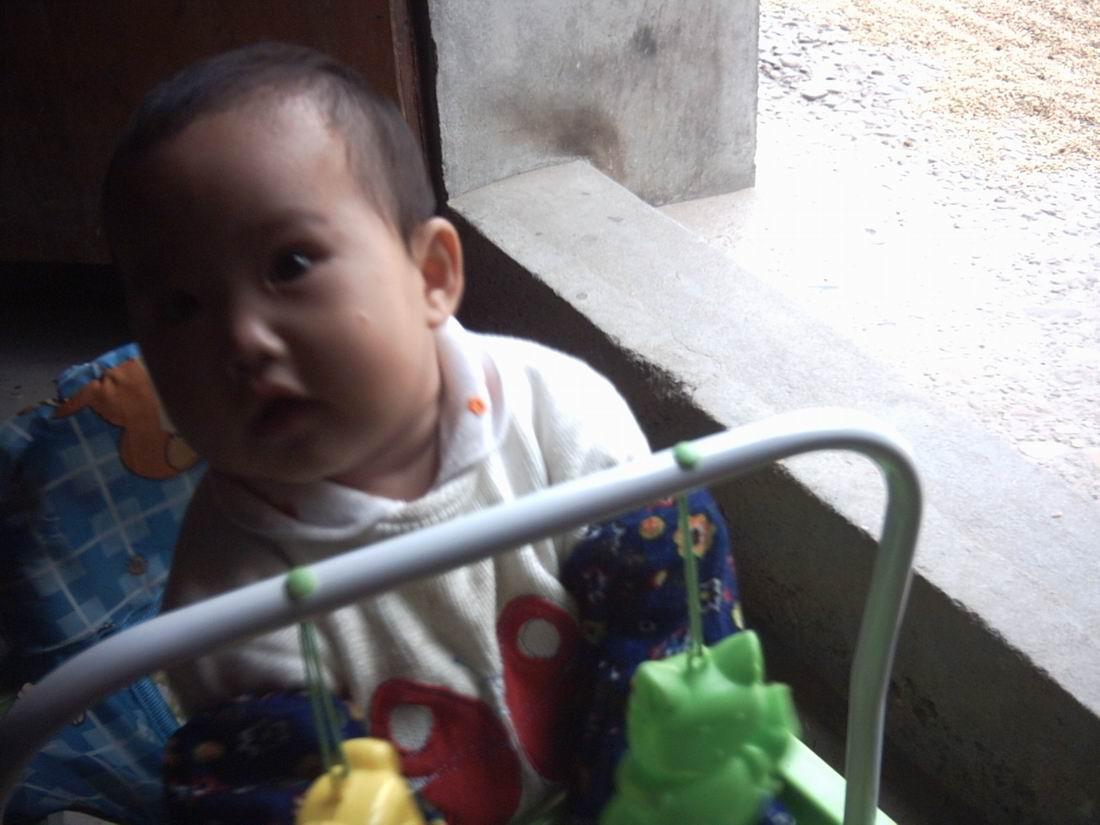 【乐天谷家园】我的小孙女 小天使(7个月)靓照选 - 乐天蓝鹰 - 乐天蓝鹰的博客