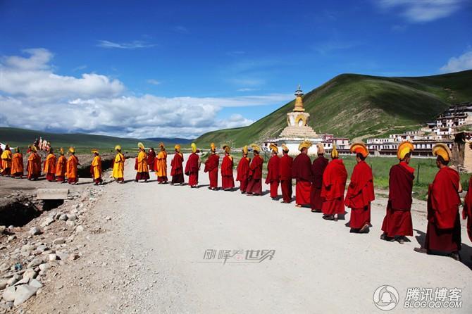 刚峰走青藏之三:僧侣 - 刚峰先生 - 天涯横呤