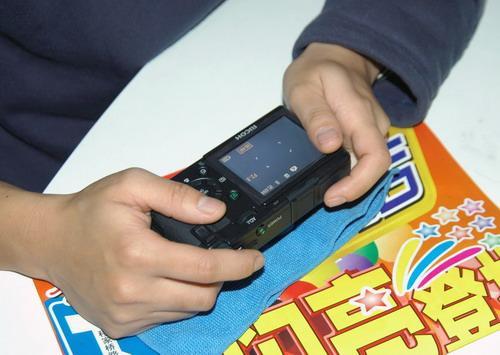 :考虑为全款购买iPhone替换电池用户提供退款
