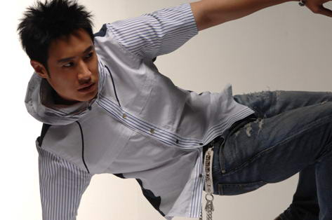 潘玮柏9月26日飞抵北京 公开演唱专辑主打歌_音乐红人华语_娱乐_腾讯网 - 慧慧 - 慧慧的世界