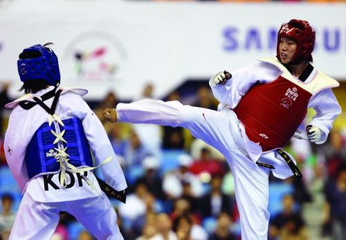 女子跆拳道奥运冠军陈中专访 - 外滩画报 - 外滩画报 的博客