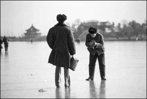 引用 七十年代初的老照片 - 雨的印记 - 人之相悉悉于品,人之相敬敬于德。
