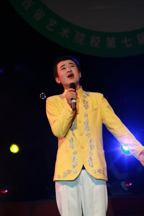 山西省艺术院校第七届音乐舞蹈比赛吕梁艺校… - 刘照兴 - 刘照兴的BLOG