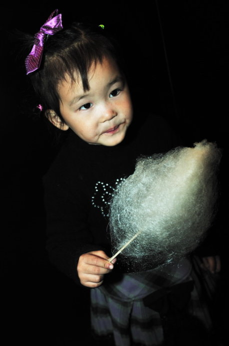 诱人的棉花糖:黑夜的喆喆