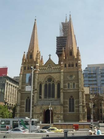 世界著名教堂建筑艺术 - 温柔细雨 - 一丝小雨盈盈而落......
