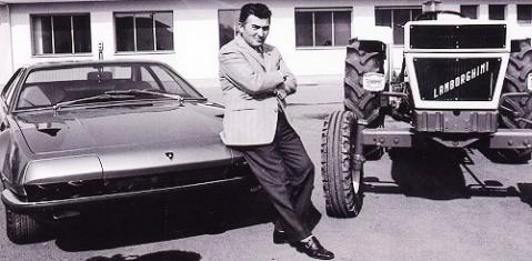 ) ferrari讽刺他不懂如何开跑车,还叫他回家开拖拉机.   图高清图片