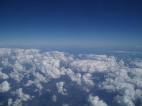 第一次坐飞机 - jiaheteng - 小女阿贝的博客