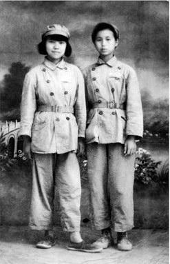 列宁装:政治乌托邦的女性身体实践 - 张闳 - 张闳博客