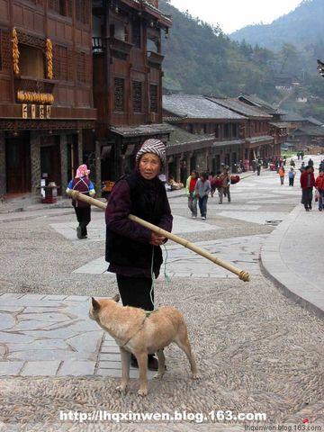 (原创)傻瓜机拍摄千户苗寨(19日)(图) - 羊群 - 一群团结友爱的羊