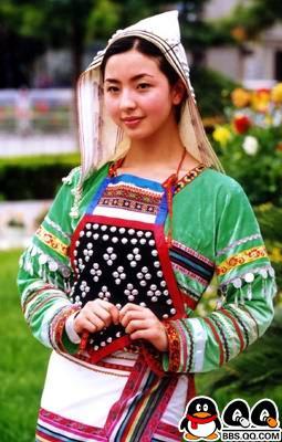 引用 中国56个民族的服饰大荟萃                      - 十月大哥 - 十月大哥的博客