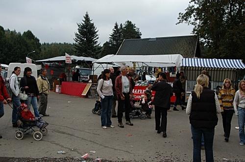 在瑞典赶集 - 西樱 - 走马观景