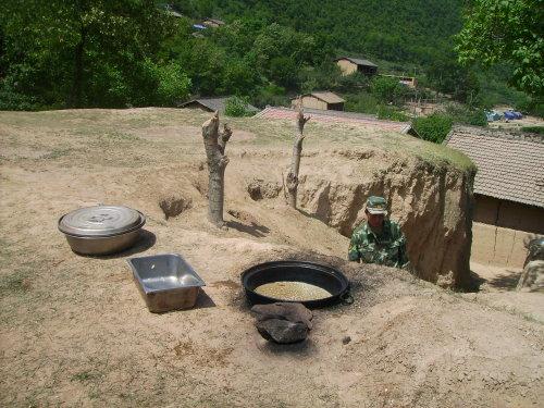 甘肃灾区,全国扶贫县,重建家园特别困难 - 杨克 - 杨克博客