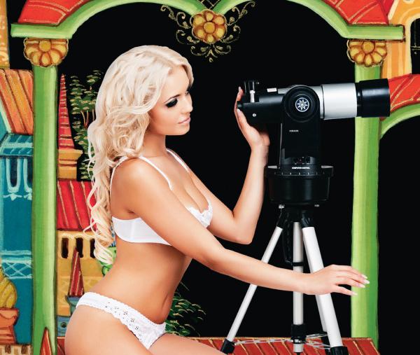 惹火美女与东欧漆画,欧洲最大电器商日历促销(组图) - 刻薄嘴 - 刻薄嘴的网易博客:看世界
