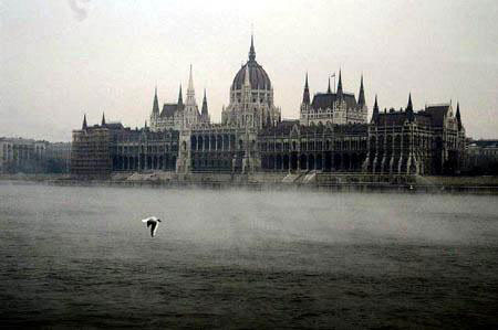 图文:世界十大最美历史遗迹(9) 多瑙河及布达城堡区