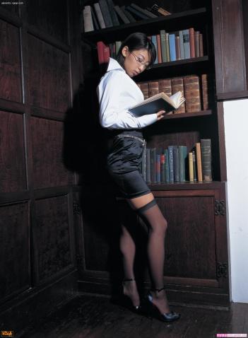 【转载】女大学生在出租房的激情表演 - Jessie - Jessie