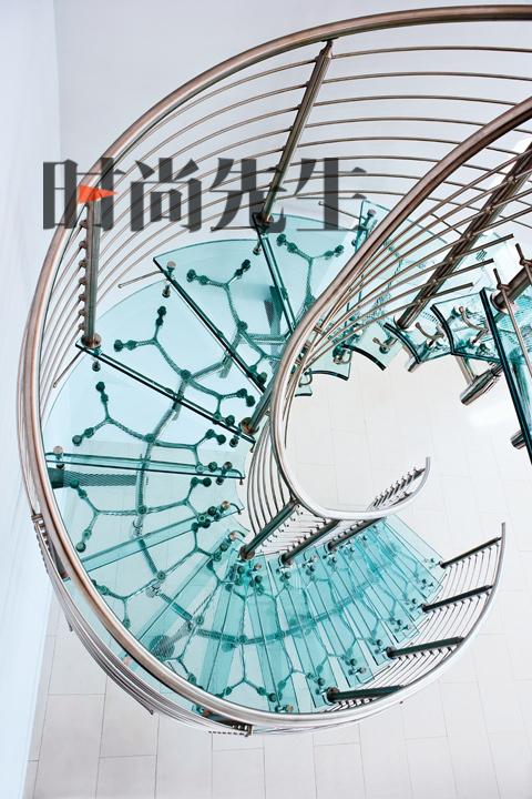 4月刊先睹为快 - 《时尚先生》 - hiesquire 的博客