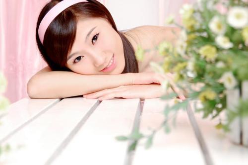 发宿舍另一位姑娘的照片 - 夏笳 - 夏天的茄子园